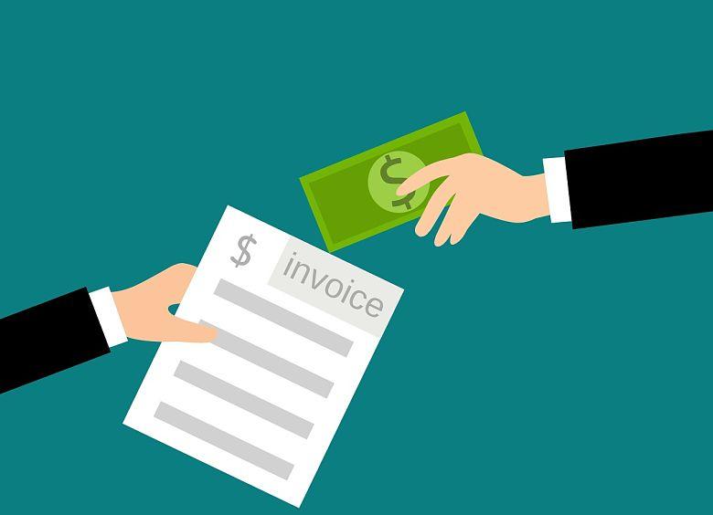 Cómo cumplir con la normativa al pagar en efectivo